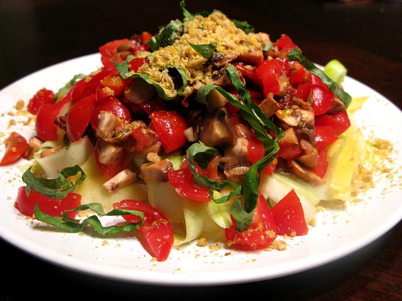 6 ensaladas para cenar y bajar de peso recetas saludables - Cenas saludables para bajar de peso ...